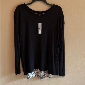 NWT APT 9 Crew Neck Tulip Back Pullover Sweater